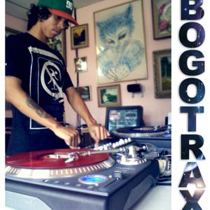 WrosArt - Flying To BOGOTRAX (Hardtechno)