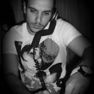 DJ Luke - 261210
