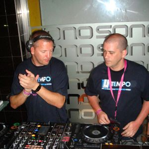 Tempo Sessions on SS radio with the Tempo Twins (Dave Law & DeanJay) (12/1/12)