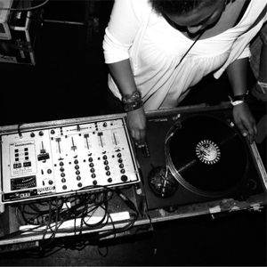 Josey Rebelle - Rinse FM 04.10.12 - spaced out selection <3