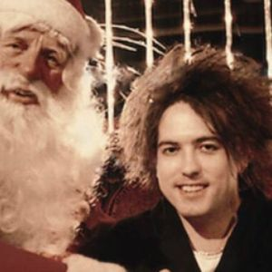 Slicing Up Eyeballs' Christmas Megamix