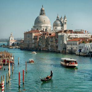 Mission Venice (Mr. Flash - Cid Rim - Metronomy - Joakim - Wax Tailor - Pretty Lights - LTGL)