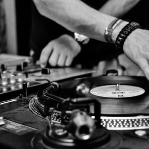 Analog Friday at radio Bucuresti In Noapte vinyl set 0.3