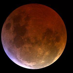 Shine of Lunar Eclipse