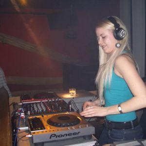 Lillian - Hurly-Burly 2011.02.