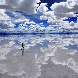 """ Walking on the clouds "" Deephouse mix by Eli Samanon - 2014"