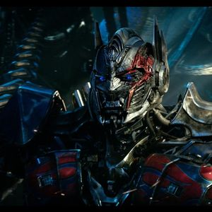 Movie Freak with K'Sha - Reasons Why You Should Watch Transformers: The Last Knight