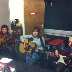 The Honeyfire and Missart on Thursday Live 271114 sponsored by Jaywalk Guitars