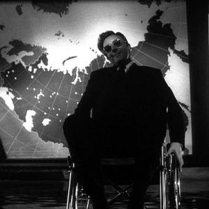 Gentlemen, you can't fight in here! This is the War Room! Mixed Nuts Extra. Dr. Strangelove special.