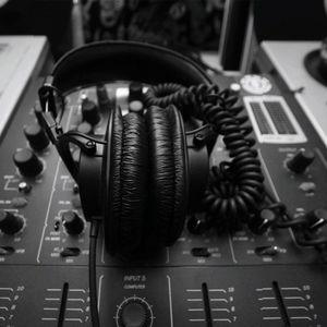 Eine popmusik mix by DaveB