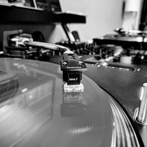 July Electronic Mix ft. RAC, Lane 8, Bwana, Moderat, New Jackson, Pantha Du Prince, Robag Wruhme etc