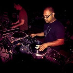 THE BAKE UP SHOW 6/11/12  PT 1 [DJ KURTEEK NEW FUNK MIX]