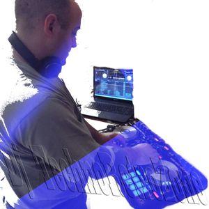TechnoRetroZone 153