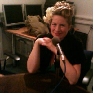 7th Nov 2012 Vintage vocalist Catherine Jane is our guest on Harry and Edna on the Wireless