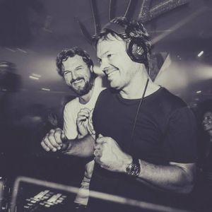 Pete Tong & Carl Cox & Solomun - Essential Selection
