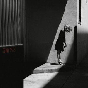 Light & Shadow (Sm82)