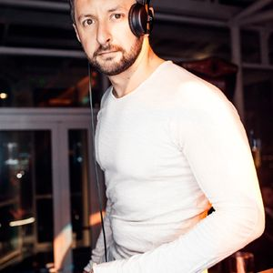 DJ LUPIN - LAZY DAISY