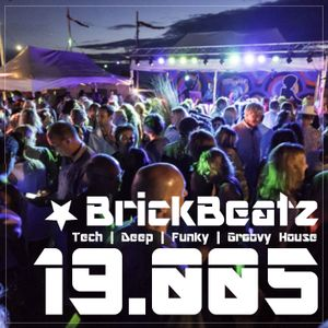 BrickBeatz - Podcast 19.005 [Tech | Deep | Funky | Groovy House]