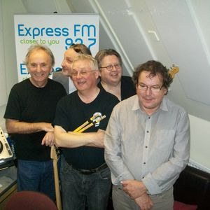 Russell Hill's Country Music Show on 93.7 Express FM featuring The Hicksville Band. 30th March 2014