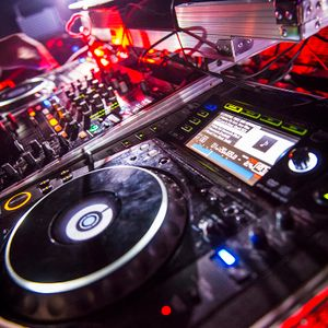 Wellesley Winter Formal - Live Open Format Party Mix