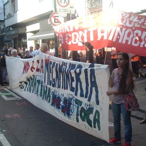 Comunicación con el corte en Alto Carrizal @ Casa de la Provincia de La Rioja - 12 ene 2012