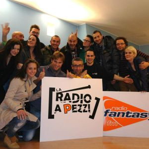 Puntata del 05.04.12 della Radio a Pezzi su Radio Fantasy 90.7 MHz