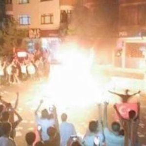 Il mio intervento per la Radio Onda d'Urto sugli attacchi contro le sedi dell'HDP - 08/09/15
