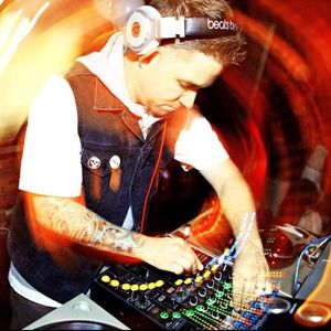 DJ Goldenchyld - Live At Myth 01.18.12