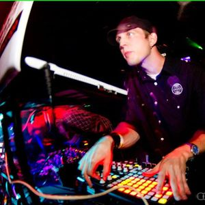 MACRODOT - @Priceless Festival (Live DJ Set) 2012/06/30