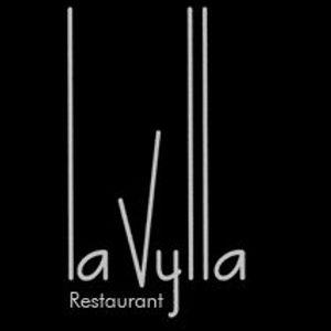 Live of the 11th march 2010 @ La Vylla
