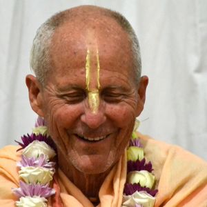 lecture by H.H. Kavicandra Swami on bhakti-vriksha program in Tel-Aviv
