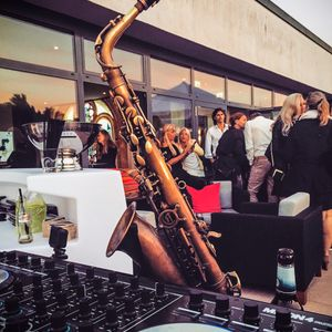 DJ Carnage23 feat. Bernd Nickaes on Saxophone - Park Plaza Rooftop Afterwork first hour