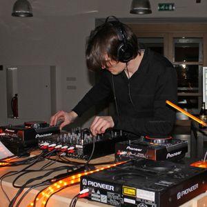 DJ Nathan - live @ Netexpo the DJ's - 20110408 - Filthy Hardhouse