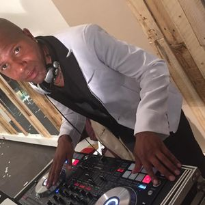 LIVEMIX DJ GIL'S PALAIS 91 ( R.MARCEL-J.NATHALIE-F.LOSIO ) LE 17-02-17
