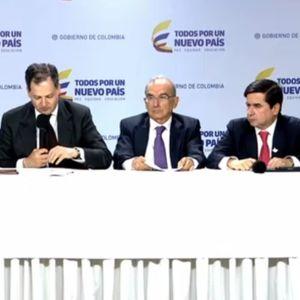 Rueda de prensa negociadores del gobierno colombiano con Farc