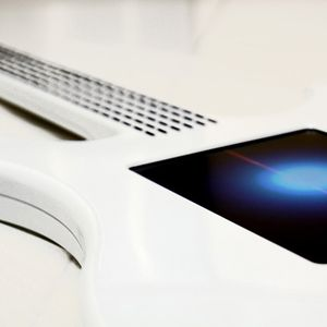 Flashy - Guitars vs. Electronic