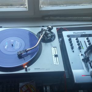 A Sunday vinyl session... following the mind stream