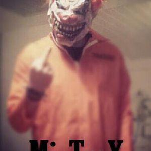MixTraX - Life is Hardstyle