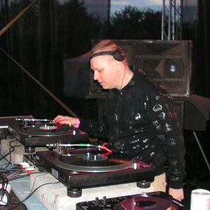 DJ Recis mix @ Decibel 112 - 3.9.2011 @ Techno.FM