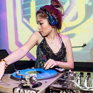 DJ RayRay 2011 RnB Mixtape : Like it or Fuck it