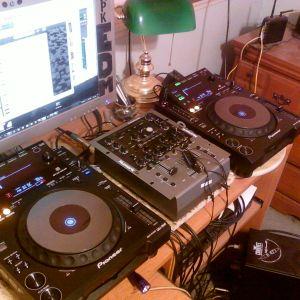 Hi-Tec Sessions (Trance 12-21-12 140 BPM)