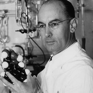 Albert Hofmann, Cosmic Grandad OR Why I Confuse the Colour 3 with the Number Red Sometimes