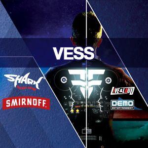 Vess - Shark & Smirnoff F2F DJ Battle