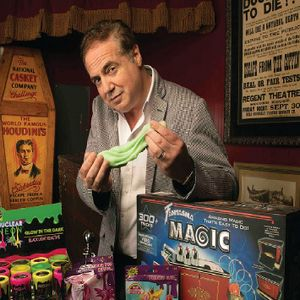Roger Dreyer, Chief Wizard Officer Fantasma Magic and a HUGE Houdini collector