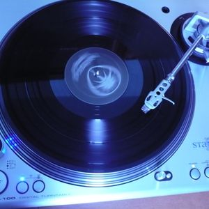Big-D - Beats Goes On