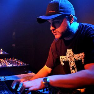 The Teknoist @ Knows Best Smid Smummer Smash Up Mix (01-01-2006)