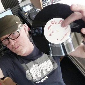 Jasper The Vinyl Junkie / The Vinyl Junkie Show (20/10/2017) On Kane Fm 103.7 & www.kanefm.com