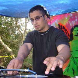 BongHit Mafia Radio Feb 21 monday Joey C guest mix!