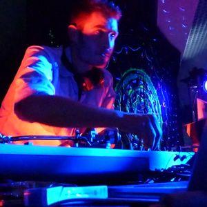 DJ Saint Pierre - Beat a Thor (mixlive 2014)