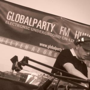 STEEVE B.-Soundtropolis Night Radio Show at GLOBALPARTY Fm 2009.08.20.